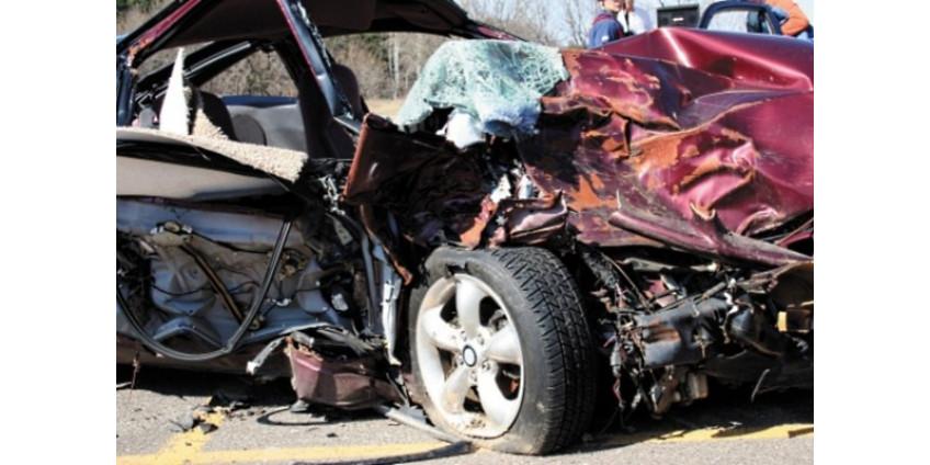 Авария в Финиксе: женщина погибла, ребенок пострадал