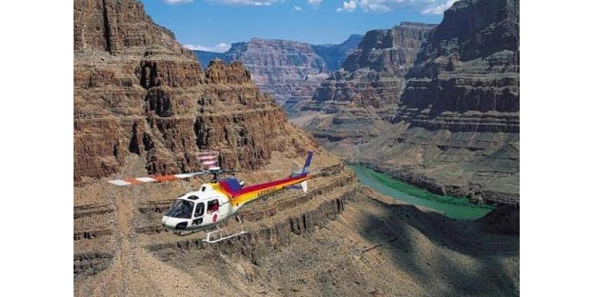 В результате крушения вертолета погибли пять человек