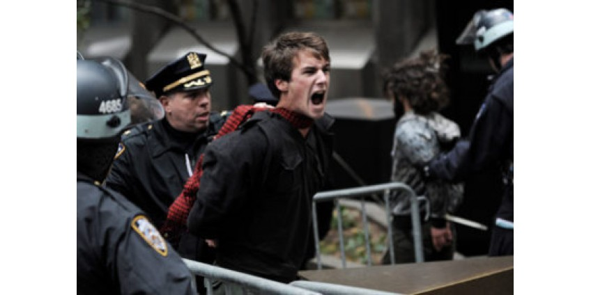 В Калифорнии снова задержаны 300 участников акции протеста