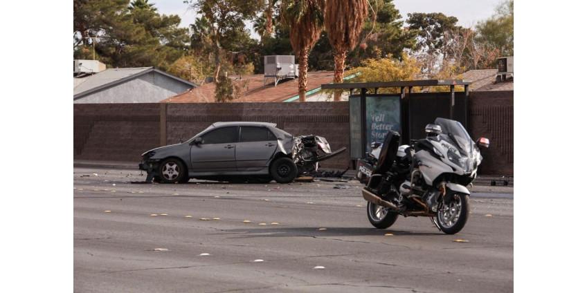 В результате аварии в Лас-Вегасе погибла женщина, ребенок в критическом состоянии