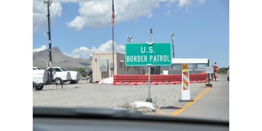 Два пути из Сан-Диего в Мексику были перекрыты