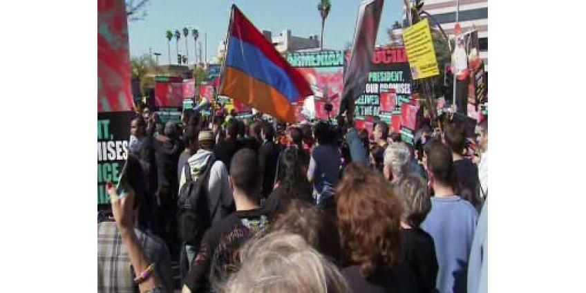 Обама встретил в Калифорнии с акции протеста