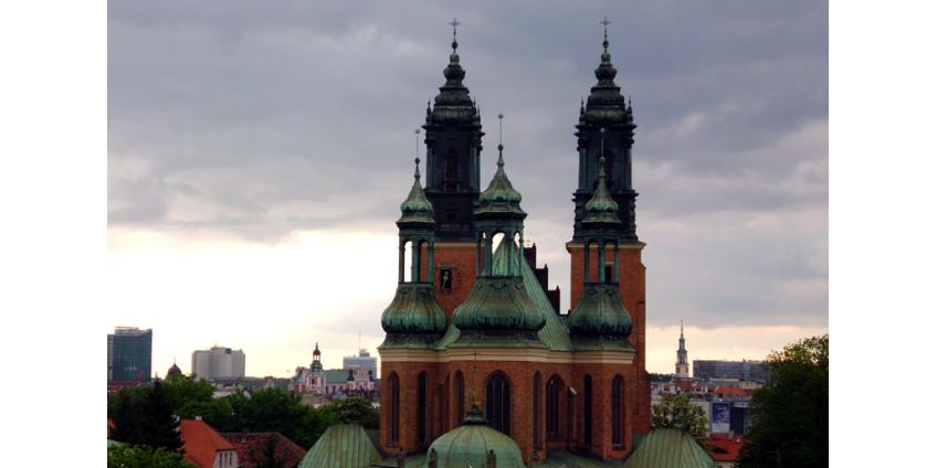 Суд в Польше обязал священников передать следствию документы по делу о педофилии