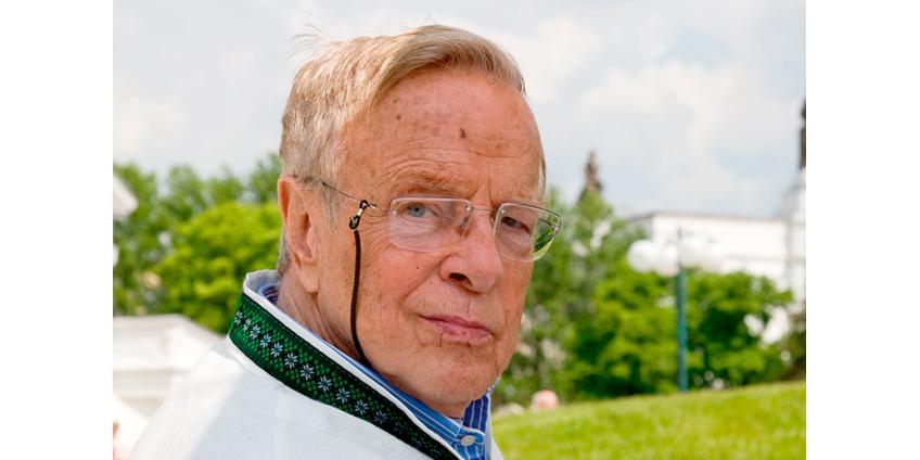 Режиссер Франко Дзеффирелли умер в возрасте 96 лет