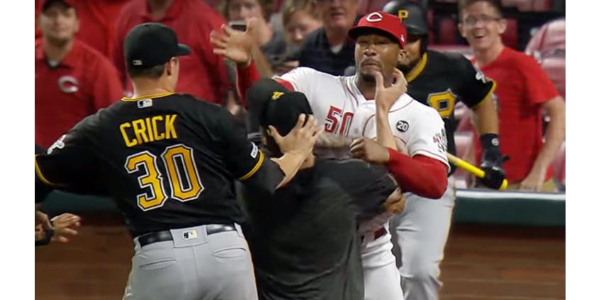 В США бейсболисты устроили массовую драку на матче чемпионата MLB