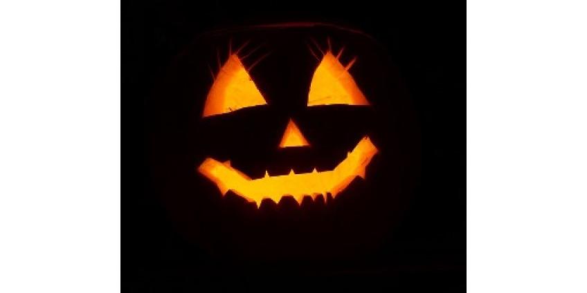 Тысячи американцев хотят изменить дату Хэллоуина