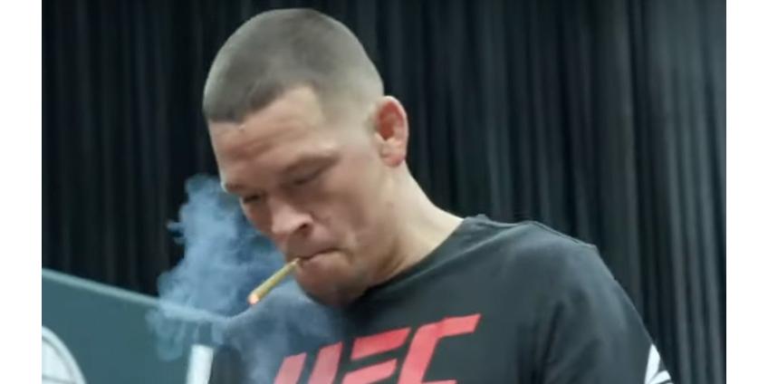 Американский боец UFC демонстративно выкурил на тренировке косяк марихуаны