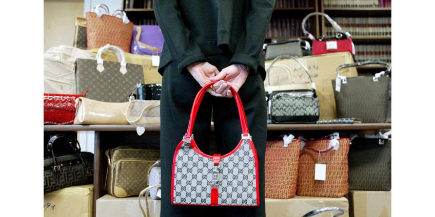 На таможне в Лос-Анджелесе была задержана партия подделок брендовых вещей на 3,5 миллиона долларов