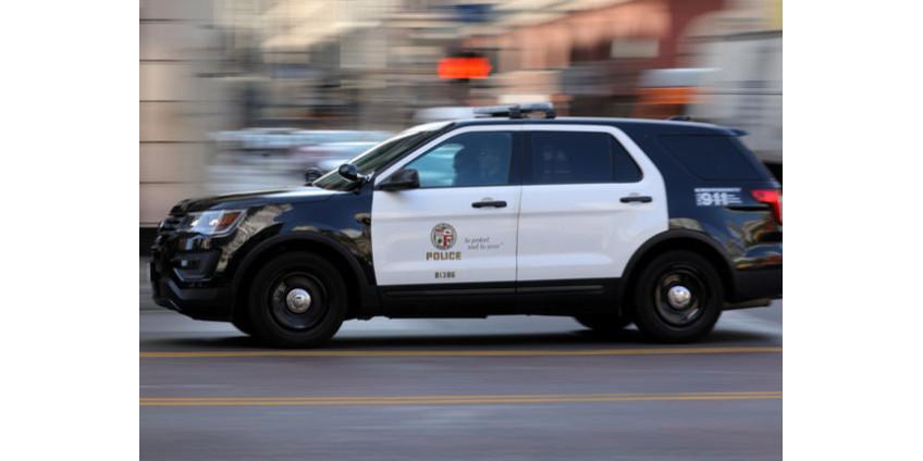 Неизвестная женщина устроила стрельбу в Лос-Анджелесе: пострадали четверо