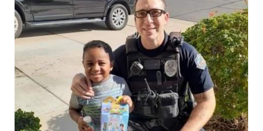 В Аризоне 5-летний ребенок заказал Happy Meal в … полиции