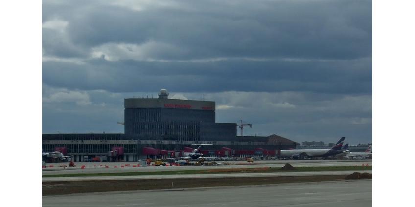 В Шереметьево прибывший из Минска самолет задел другой лайнер
