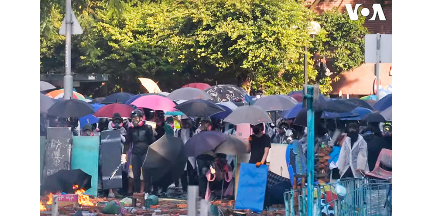 Штурм полицией баррикад студентов политеха Гонконга провалился