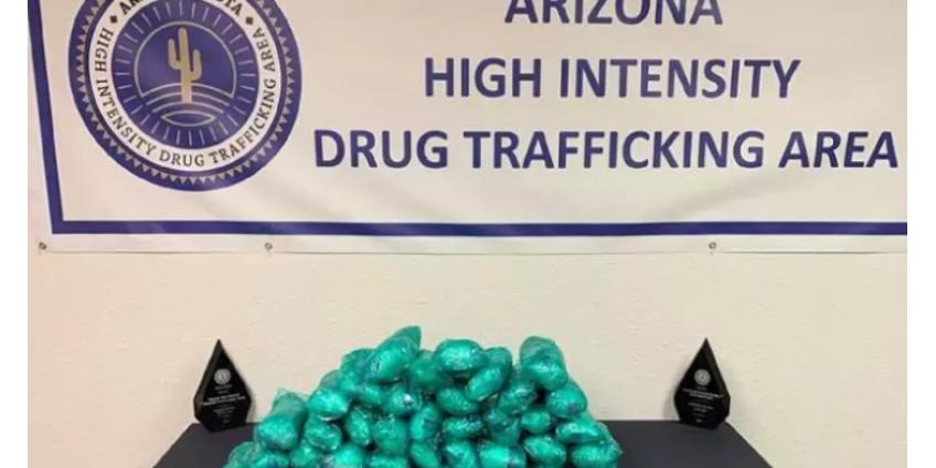 В Аризоне задержан водитель, который перевозил метамфетамин на 2 млн долларов