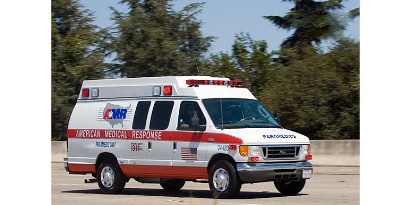 В ДТП на юге Лос-Анджелеса погиб один человек, двое детей были госпитализированы