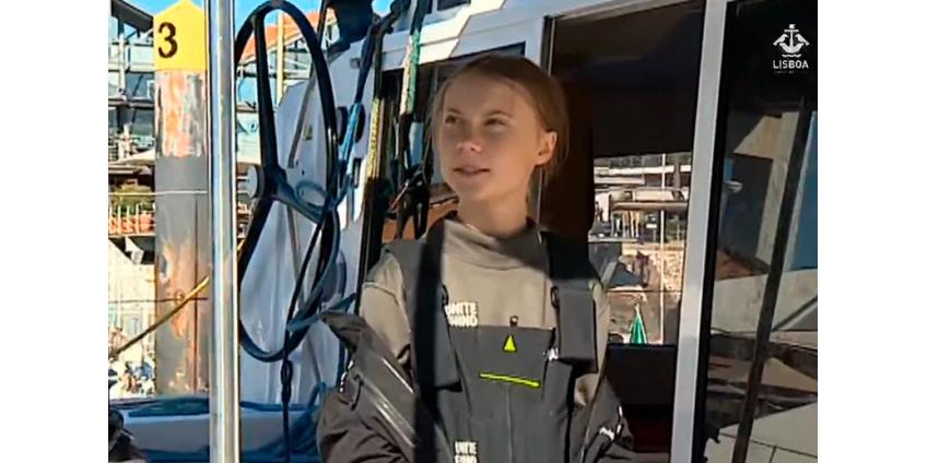 16-летняя экоактивистка Грета Тунберг добралась на катамаране из США в Португалию