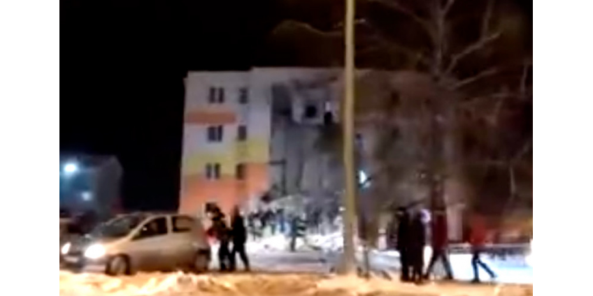 В Белгородской области после взрыва газа рухнула стена 4-этажного дома: шесть раненых, под завалами ищут еще людей