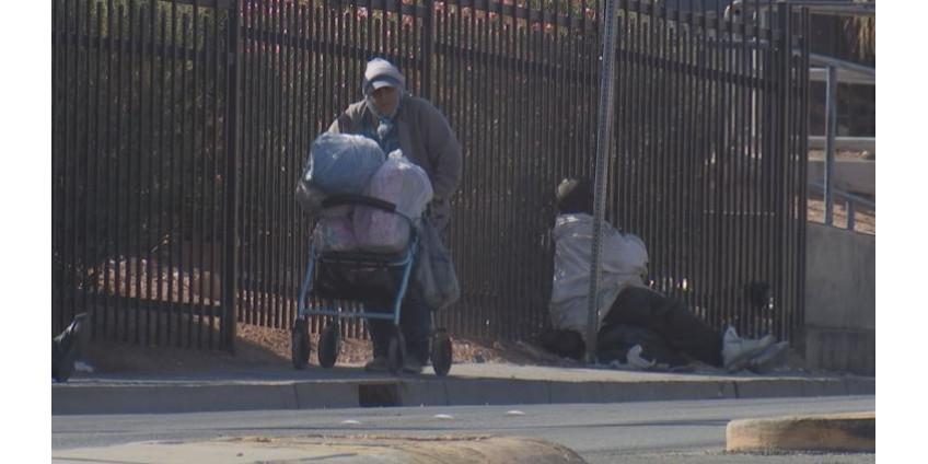 Власти Лас-Вегаса попросили жителей города помогать бездомным разумно