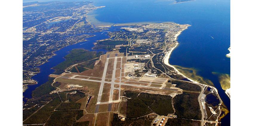 США приостановили подготовку курсантов из Саудовской Аравии на авиабазах после стрельбы во Флориде