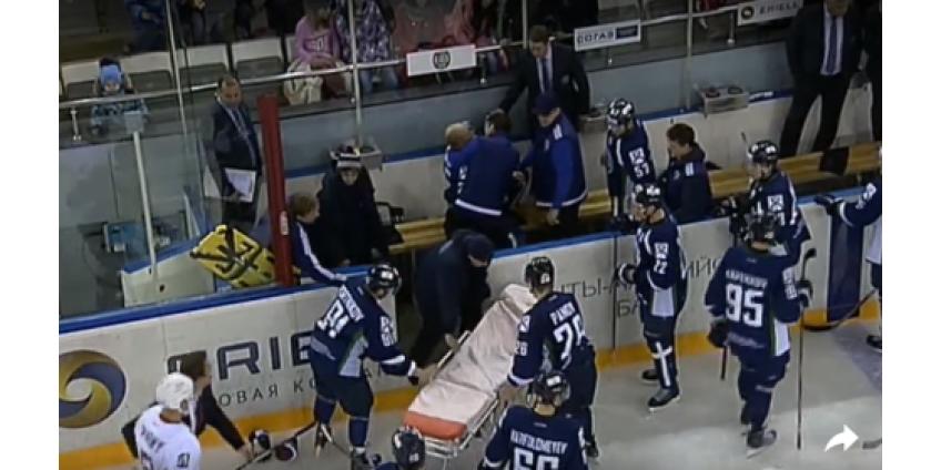 Хоккейный матч канадской лиги не доиграли из-за жуткой травмы голкипера