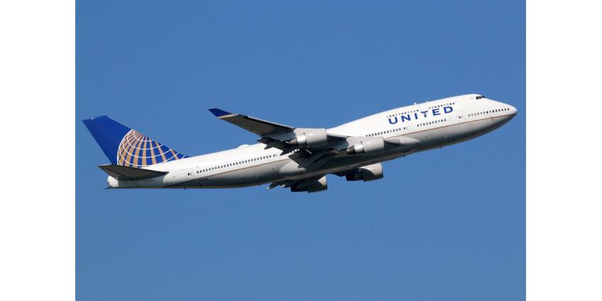 Самолет, вылетевший из Сан-Диего, совершил экстренную посадку из-за возгорания двигателя