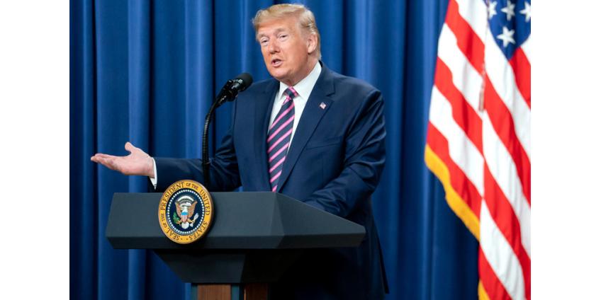 Процедура импичмента серьезно затруднила работу с иностранными лидерами, сказал Дональд Трамп