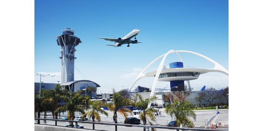 В вылетевшем из Лос-Анджелеса самолете умерла девочка