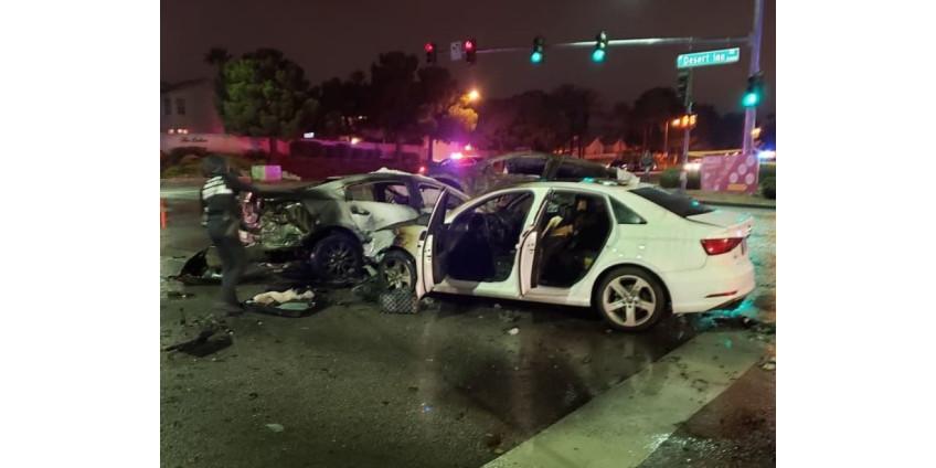 4 погибших в результате столкновения 7 автомобилей на перекрестке на западе Лас-Вегаса
