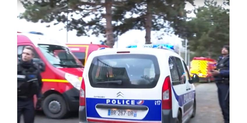 В пригороде Парижа вооруженный ножом мужчина напал на прохожих: один убит, трое ранены