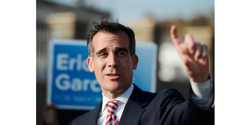 Мэр Лос-Анджелеса Эрик Гарсетти одобряет кандидатуру Джо Байдена на пост президента США