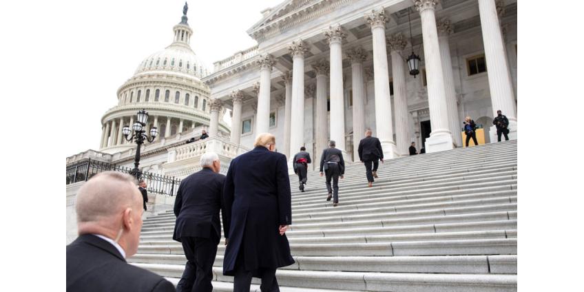 В Сенате США начался процесс по импичменту Трампа