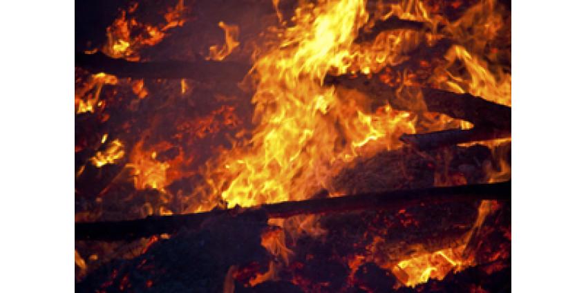 Трое пожарных из Калифорнии погибли в при крушении танкера в Австралии