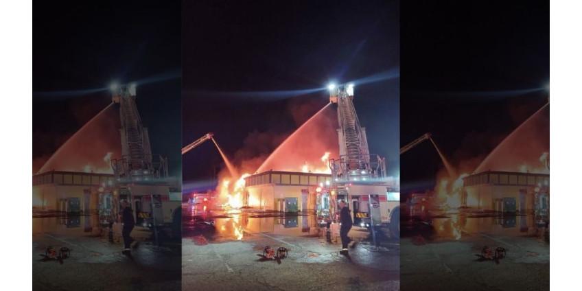 Мексиканский ресторан в пригороде Финикса был уничтожен пожаром