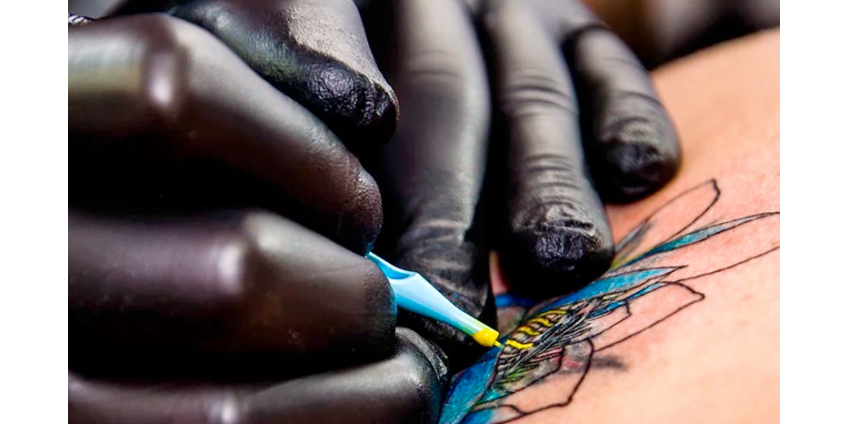 Депутаты Госдумы хотят законодательно запретить татуировки в России