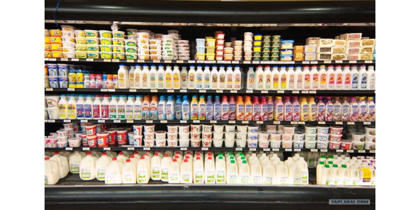 Жители Лос-Анджелеса начали массово скупать товары в супермаркетах