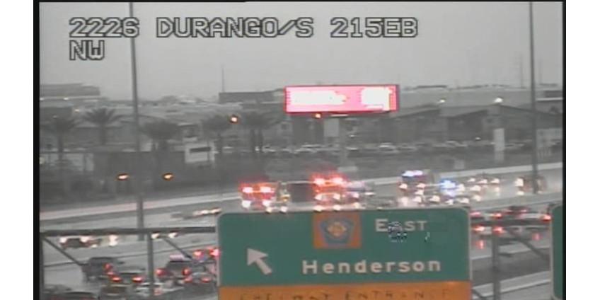 На кольцевой автодороге в Лас-Вегасе произошло три аварии со школьными автобусами