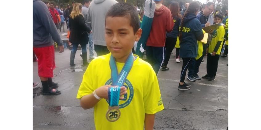 На юге Лос-Анджелеса под колесами внедорожника погиб 12-летний школьник