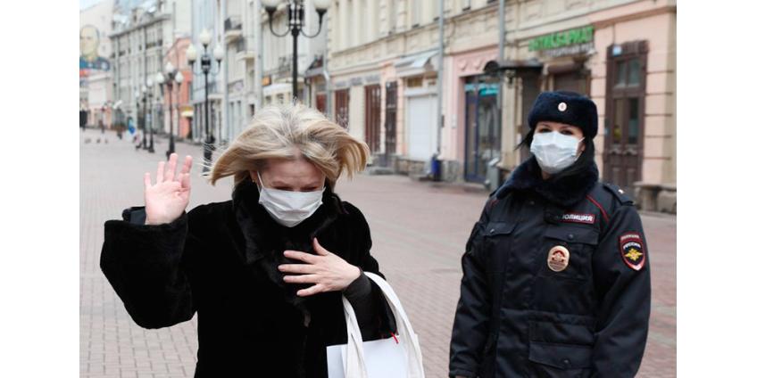 В Москве соблюдение дистанции в 1,5 метра в магазинах и других местах, которые работают в карантин, стало обязательным