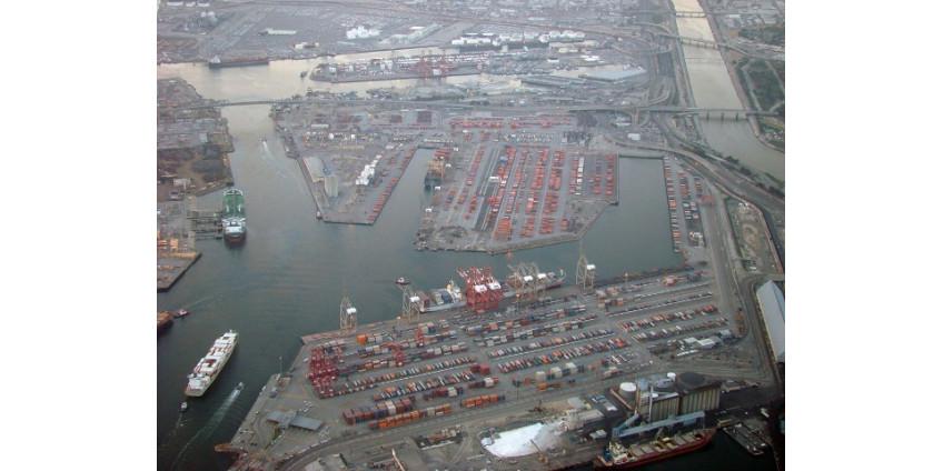 Доходы порта Лос-Анджелеса продолжают падать