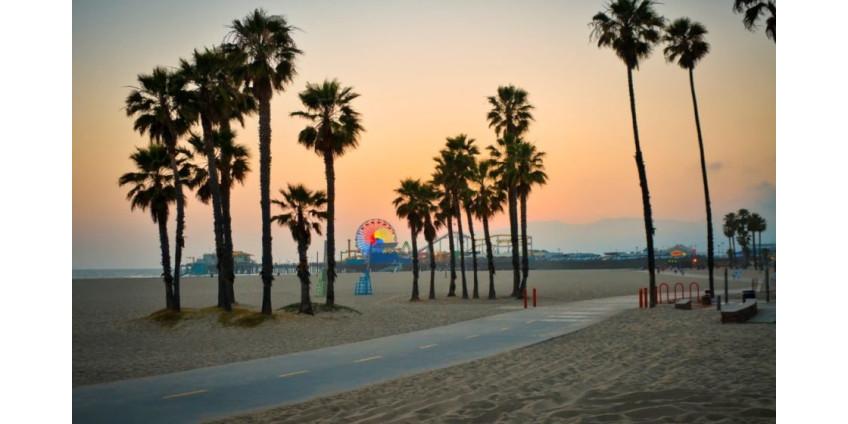 Власти Лос-Анджелеса призвали местных жителей не нарушать режим изоляции и не посещать пляжи
