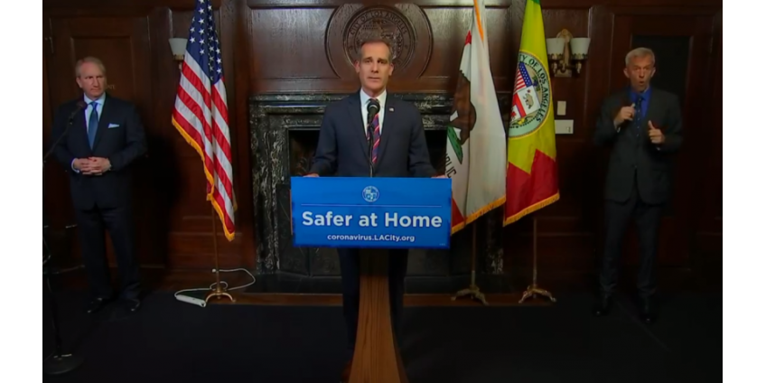 Мэр Лос-Анджелеса сообщил о планах повторного открытия некоторых предприятий, пешеходных троп и полей для гольфа