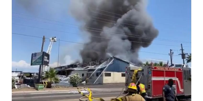 К тушению пожара в Финиксе были привлечены более 100 пожарных