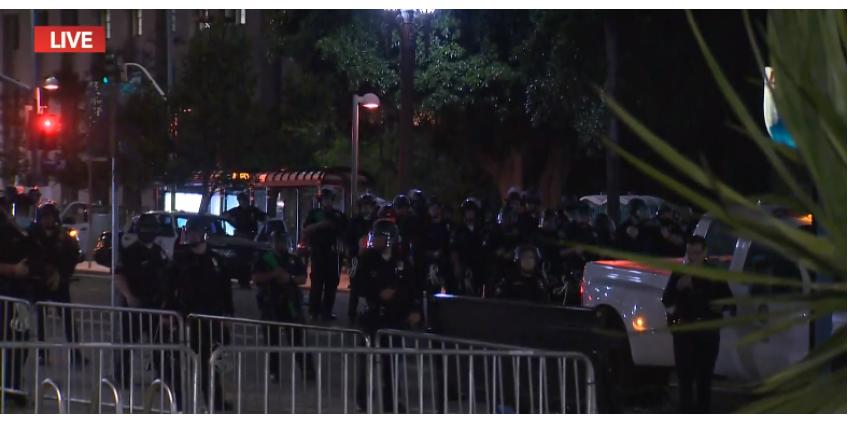 Два человека в Лос-Анджелесе получили ранения в перестрелке с полицией