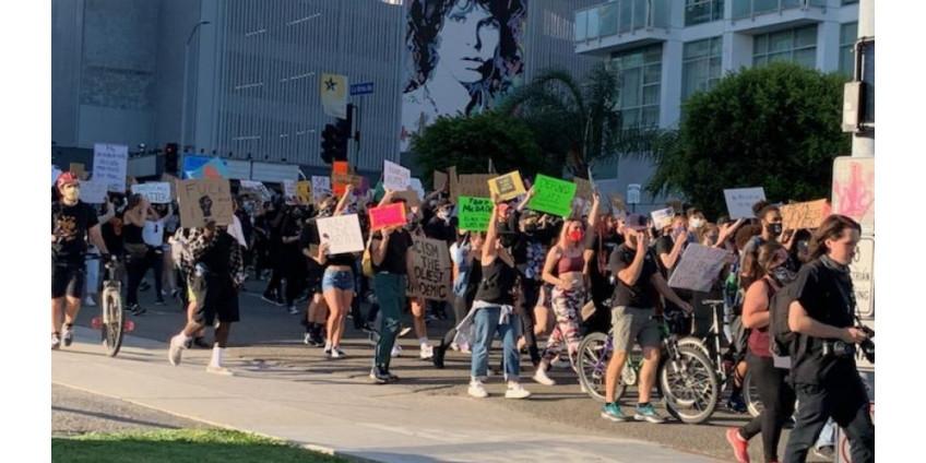 В Лос-Анджелесе продолжаются протесты из-за смерти Джорджа Флойда