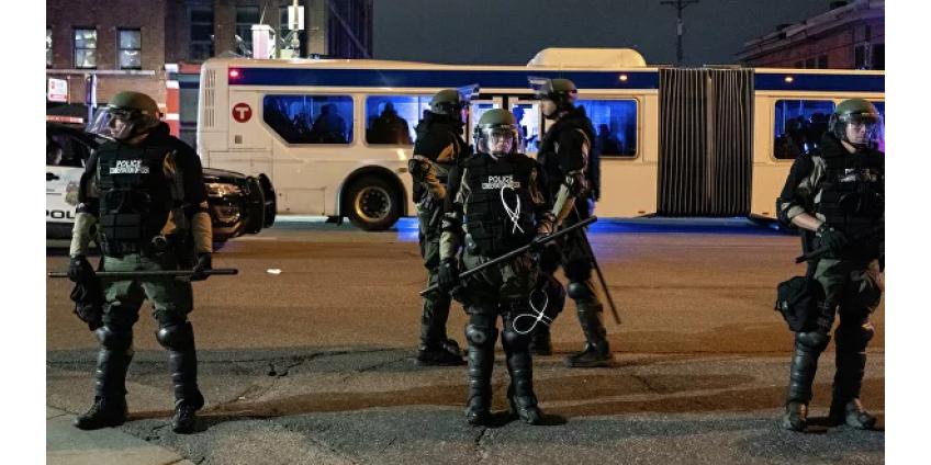 В Финиксе ввели запрет на применение полицией удушающих захватов