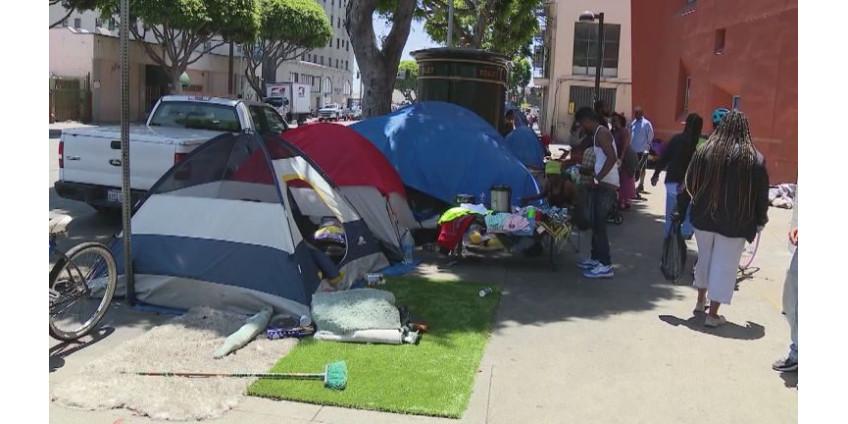 В Лос-Анджелесе ожидают всплеск числа бездомных в связи с коронавирусом.