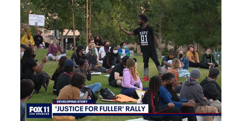 В Палмдейле состоялся митинг за Роберта Фуллера с требованием справедливости