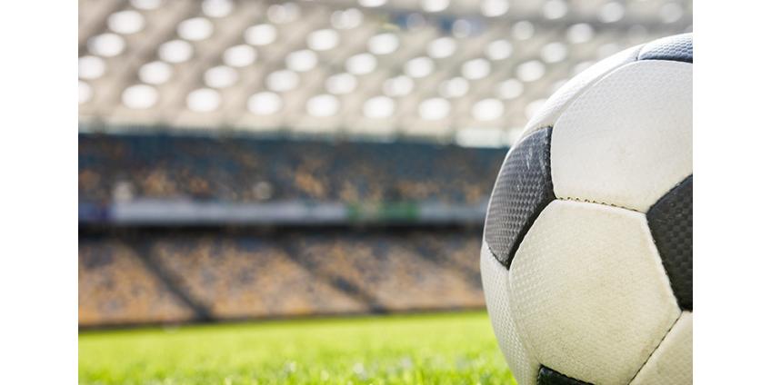 Чемпионат Англии по футболу возобновился после 100-дневной паузы, вызванной пандемией