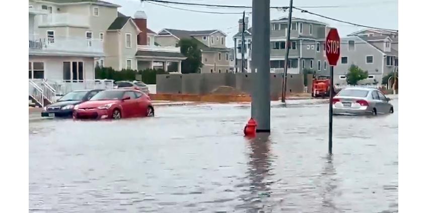 """Штаты Восточного побережья США пострадали от тропического шторма """"Фэй"""""""