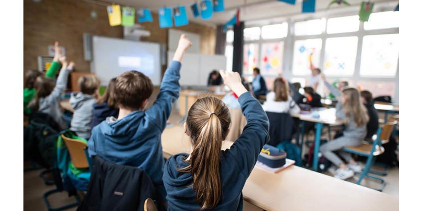Учителя в Лос-Анджелесе опасаются возвращаться на работу