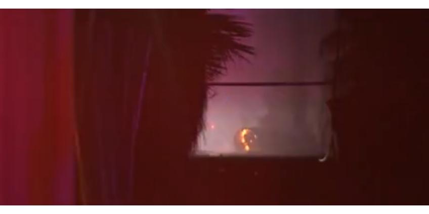 Обрушившиеся от пожара линии электропередач оставили более 100 человек без электричества в центре Финикса